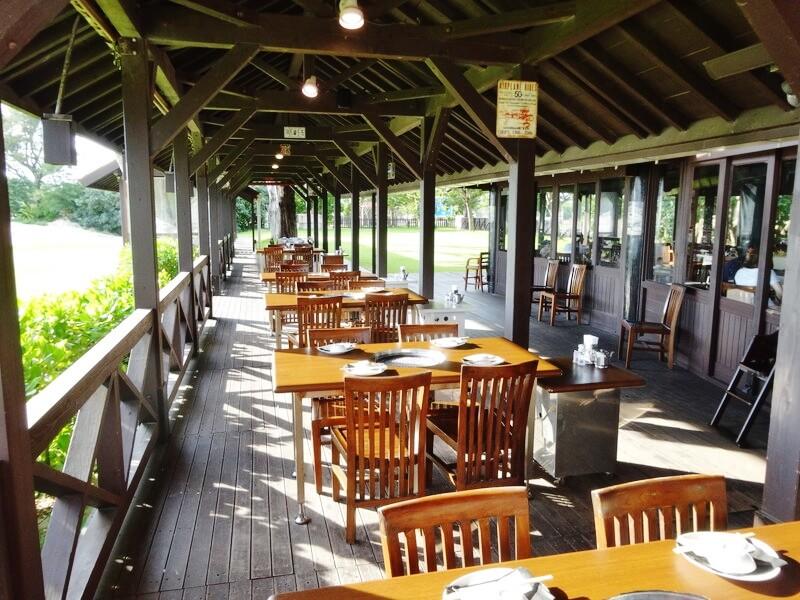 ビーチサイドレストラン‐テラス席