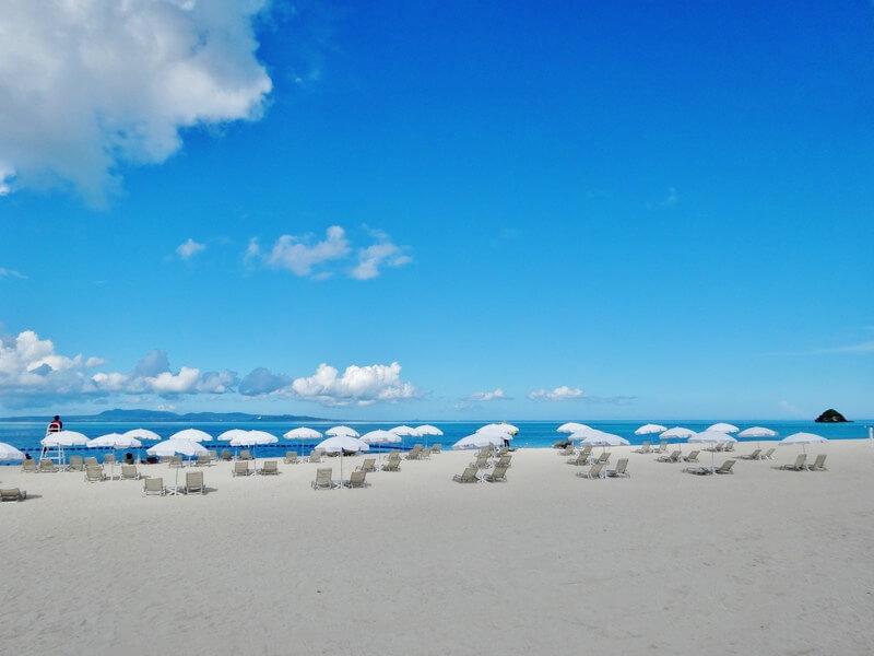 オクマプライベートビーチ(昼間)