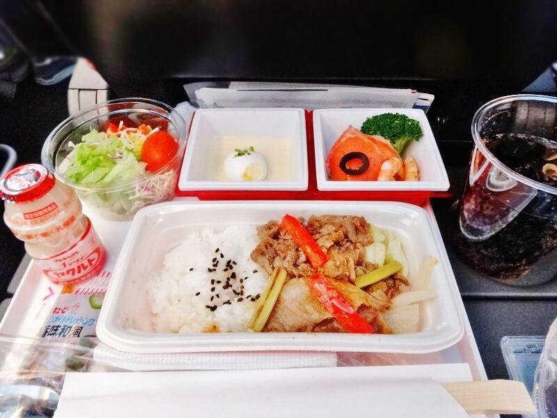 JAL941便‐機内食