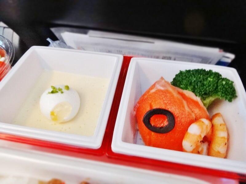 JAL941便‐機内食-サーモン