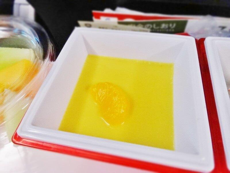 JAL942便‐機内食-マンゴープリン