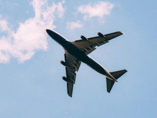 飛行機の真下